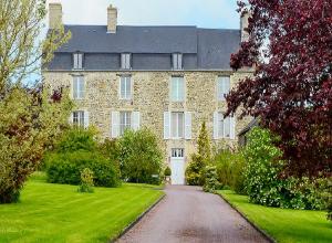 Chateau La Cour B&B